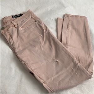 Blank NYC Intro jeans, destroyed look, pale pink